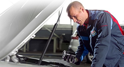 Bosch Car Service Erfurt Autowerkstatt Öl- und Filterwechsel